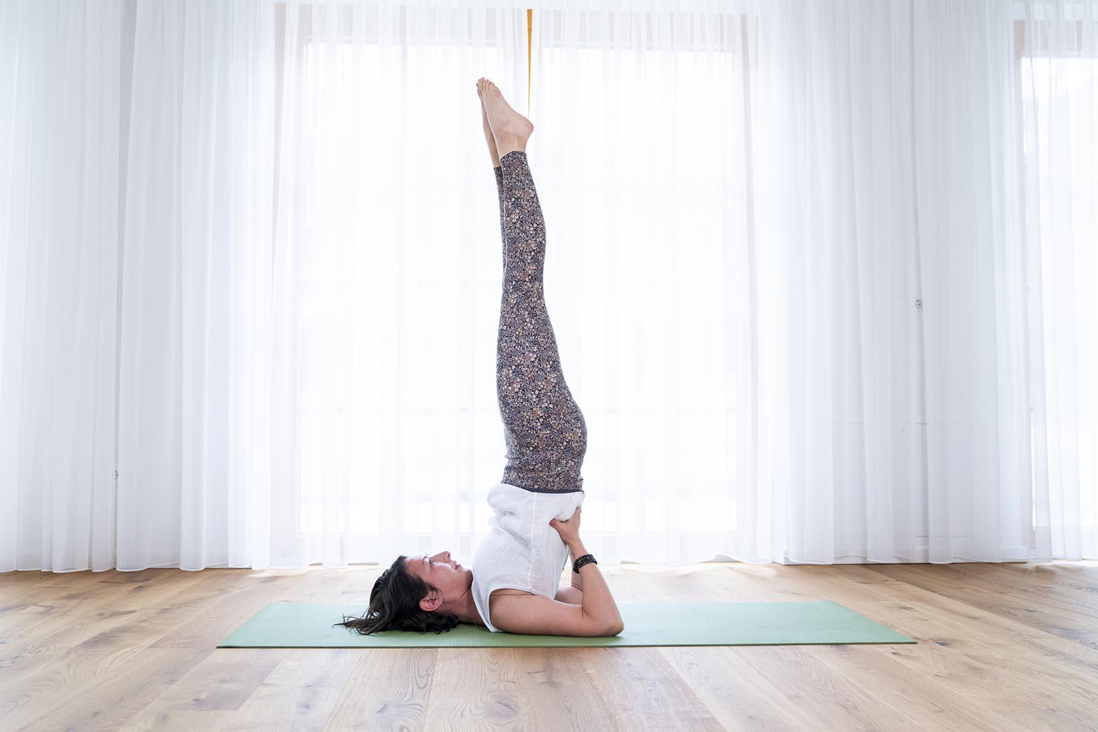Jelena Drofenik-Premauer - #yogadoula - Kerze